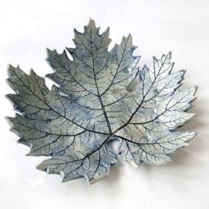 Medium Leaf Dishes